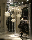 Retail window display • deco-line • Silver Mirror