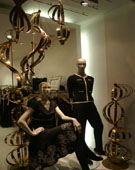 Retail window display • deco-line • Gold Mirror